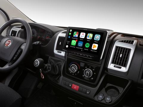 iLX-F903DU_Designed-for-Ducato-Jumper-Boxer-with-Apple-CarPlay-compatibility