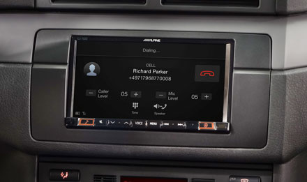 BMW 3 E46 - Built-in Bluetooth® Technology - INE-W710E46